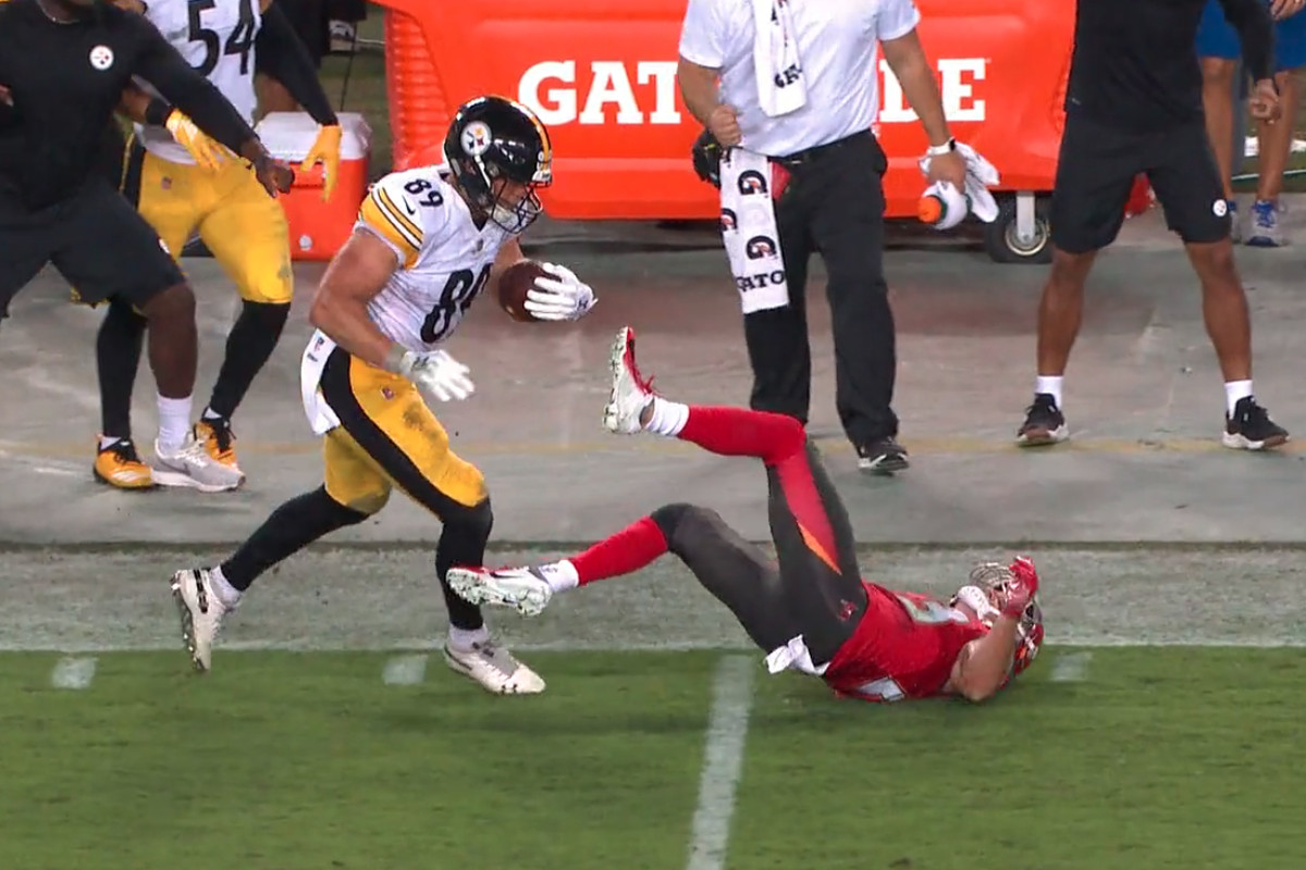 4812792e Vance McDonald's beautiful stiff arm may have ended Chris Conte's ...