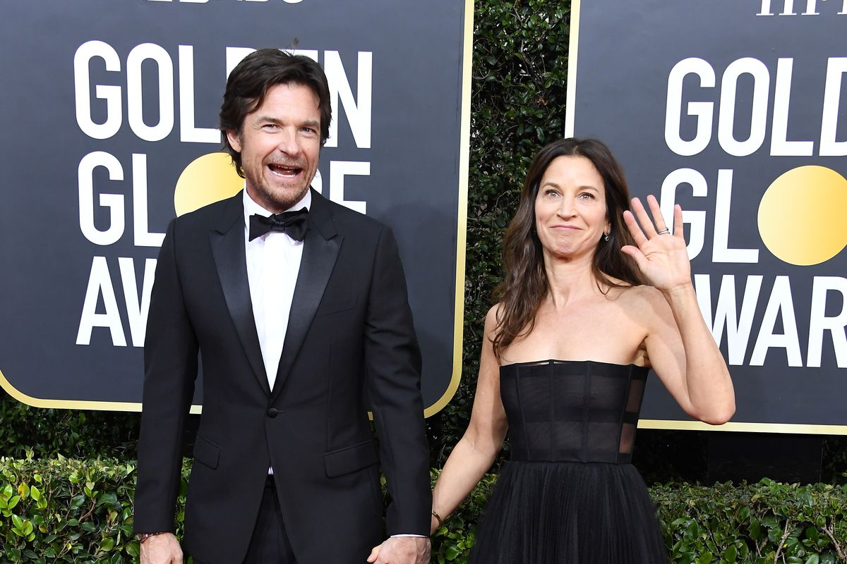 Jason Bateman and Amanda Anka arrives at the 77th Annual Golden Globe Awards attends the 77th Annual Golden Globe Awards at The Beverly Hilton Hotel on January 05, 2020 in Beverly Hills, California.