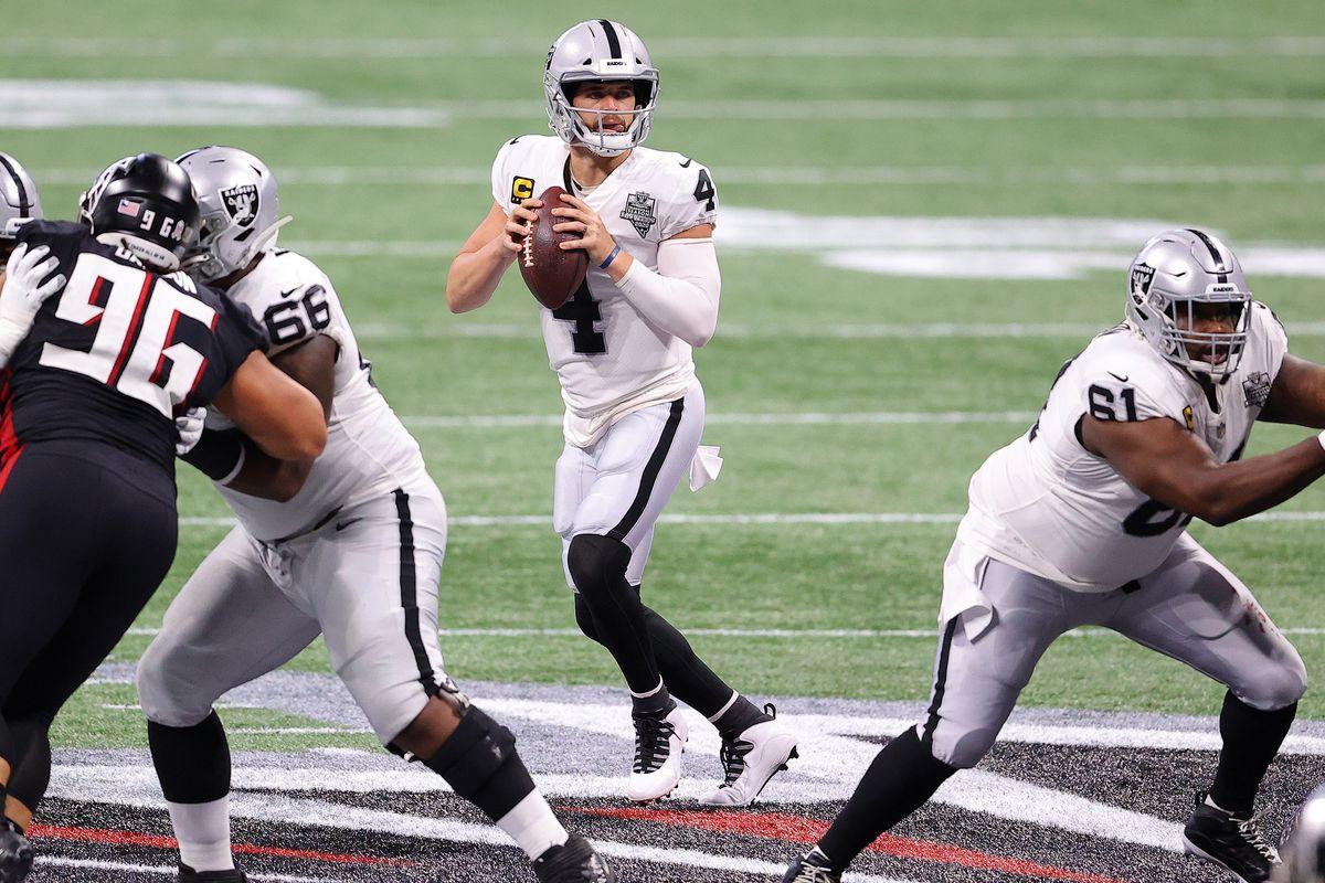 Derek Carr #4 of the Las Vegas Raiders looks to pass against the Atlanta Falcons at Mercedes-Benz Stadium on November 29, 2020 in Atlanta, Georgia.