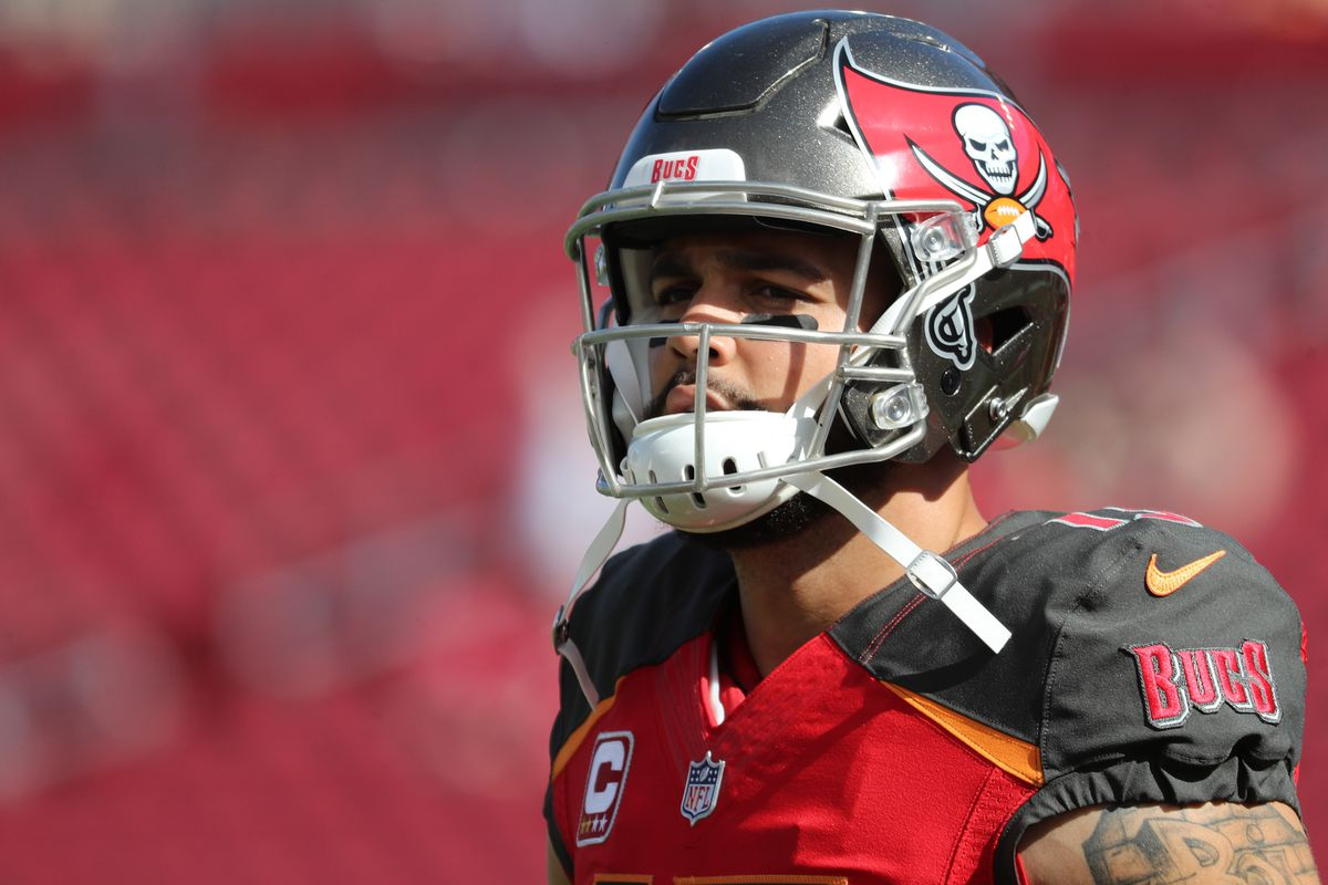 Bang for their Bucs  Wide Receiver - Mike Evans - Bucs Nation dde3f097120