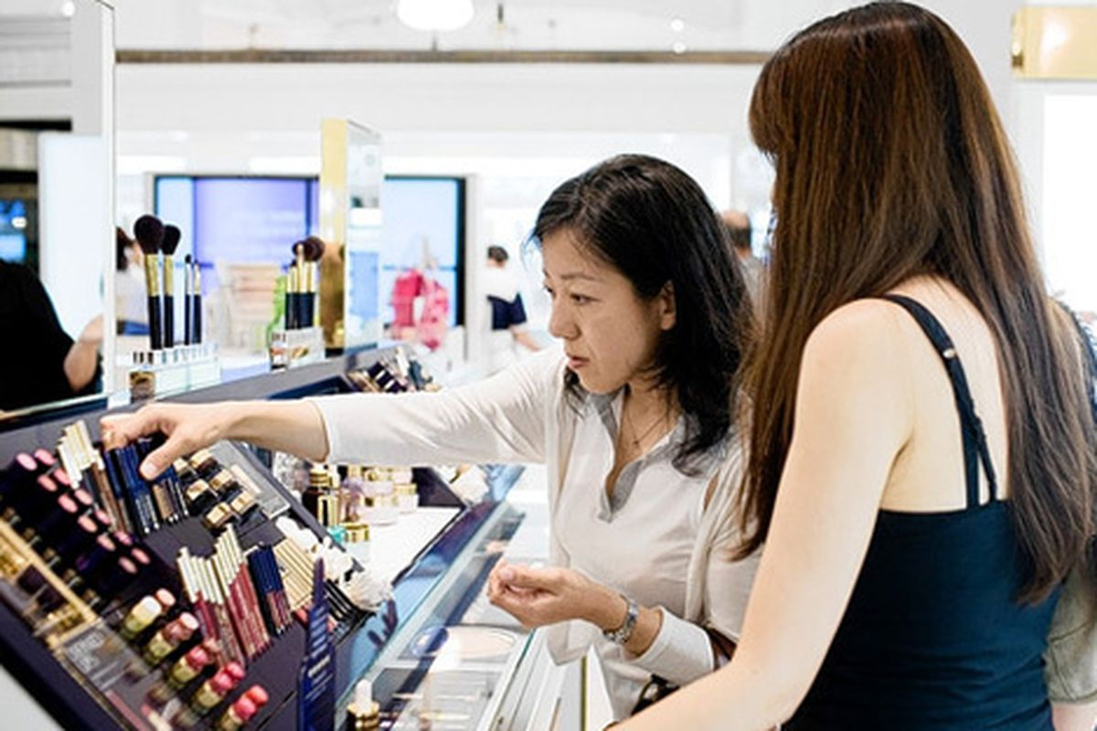 """Estee Lauder is sexing up your experience at the makeup counter. Image via <a href=""""http://online.wsj.com/article/SB10001424052748704855104575469901711752466.html"""">WSJ</a>"""