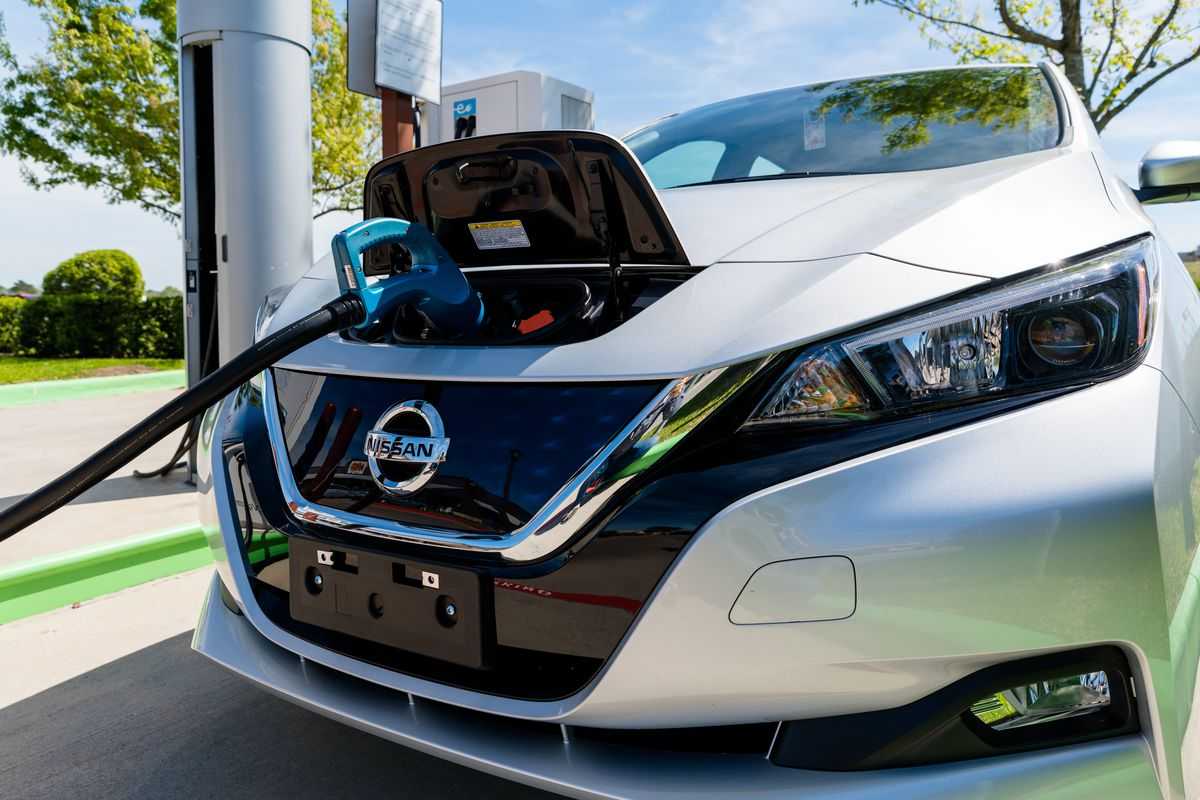 Nissan Is One Of 16 Automakers Taking Part In The Drive Change Electric Campaign To Encourage Vehicle Adoption Northeast