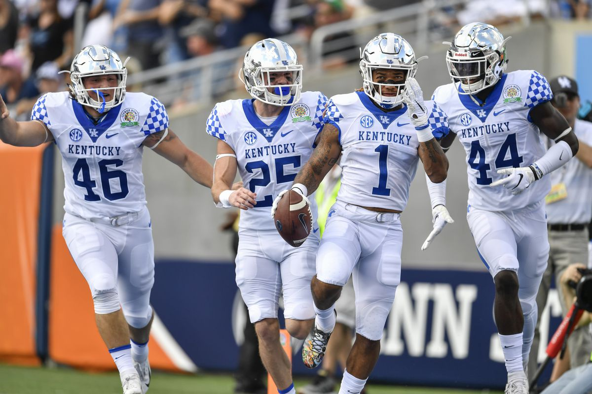NCAA Football: ESPN's FPI projects Kentucky Wildcats' win total in