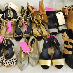 Sample shoes: sizes 6 and 9