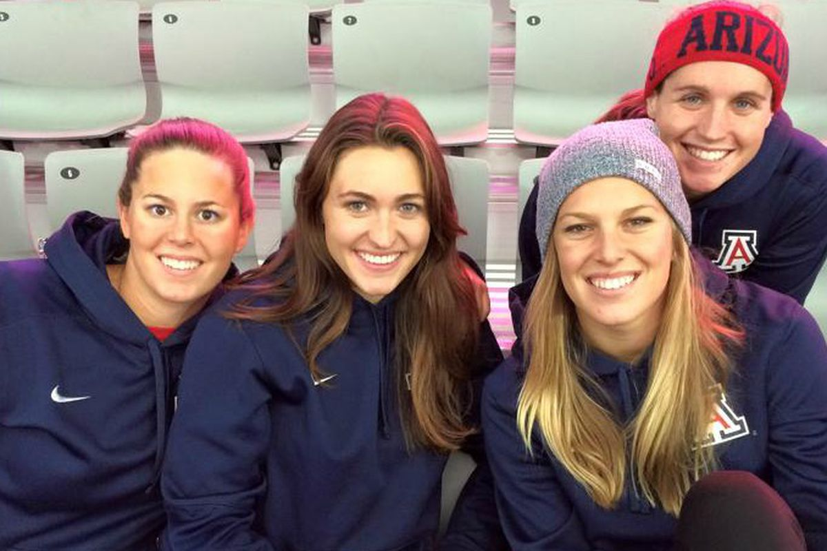Lauren Neidigh with teammates Shannyn Hultin, Elizabeth Pepper and Taylor Shick of Arizona swimming