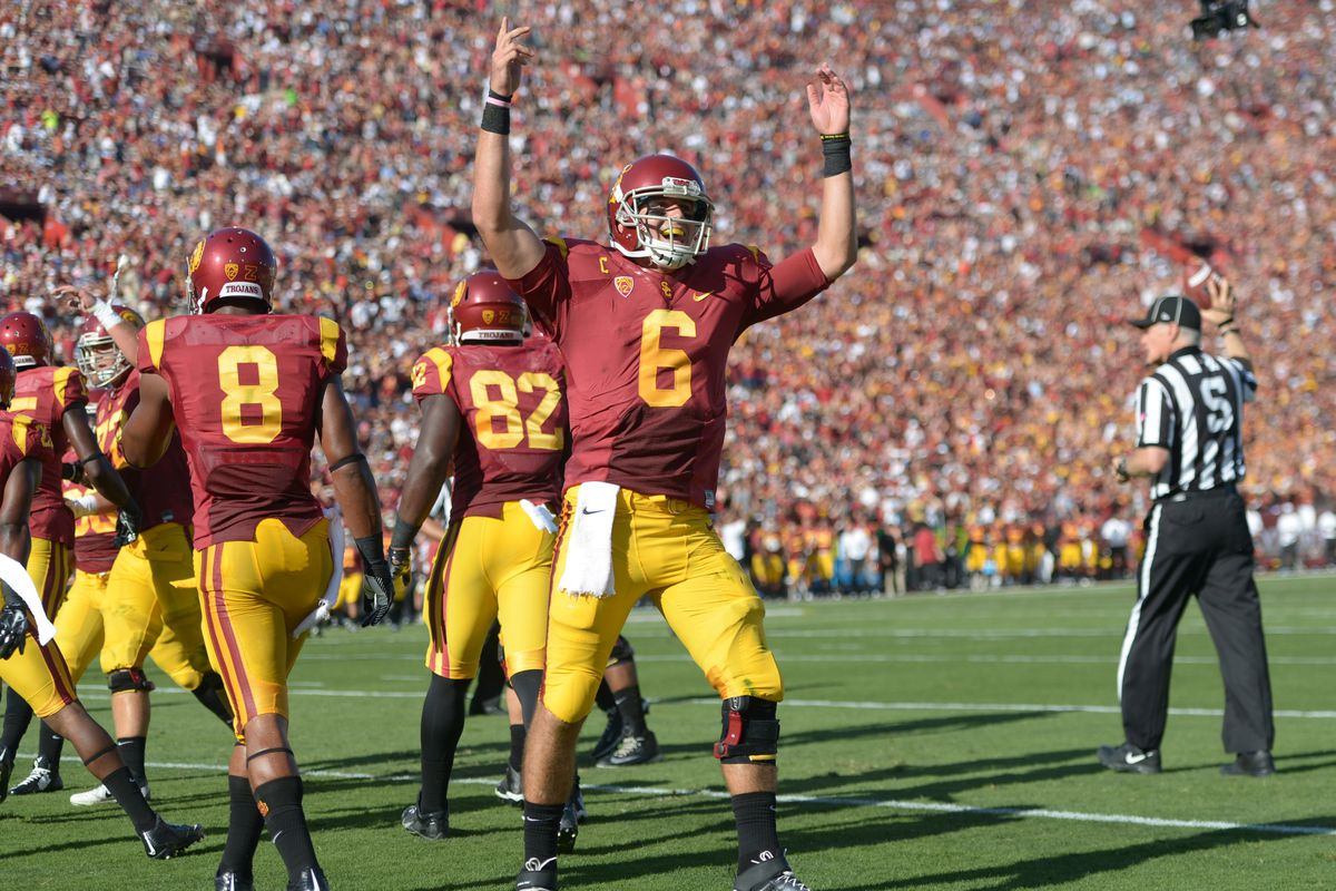 The 76,000-plus fans liked what they saw from USC's offense.