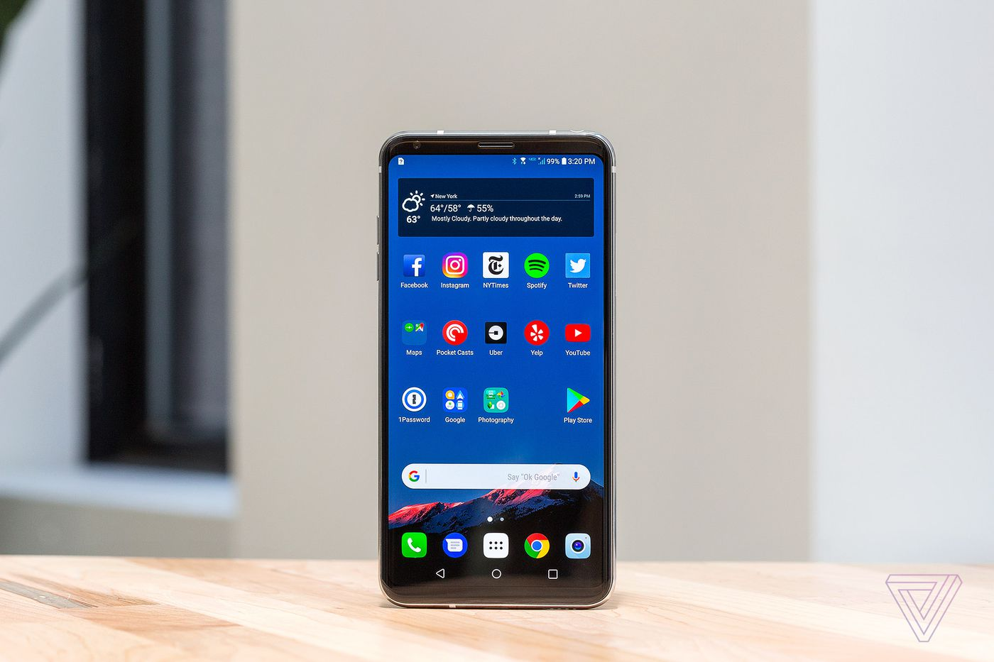 LG V30 review: groundbreaking phone with a deal-breaking flaw - The