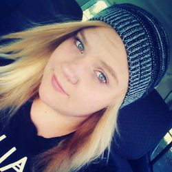 Jchandra Brown, 16.