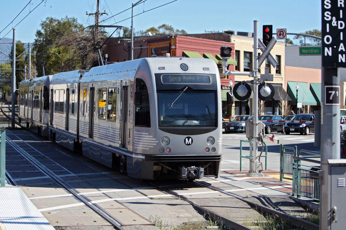 A Gold Line train enters Mission Station in South Pasadena