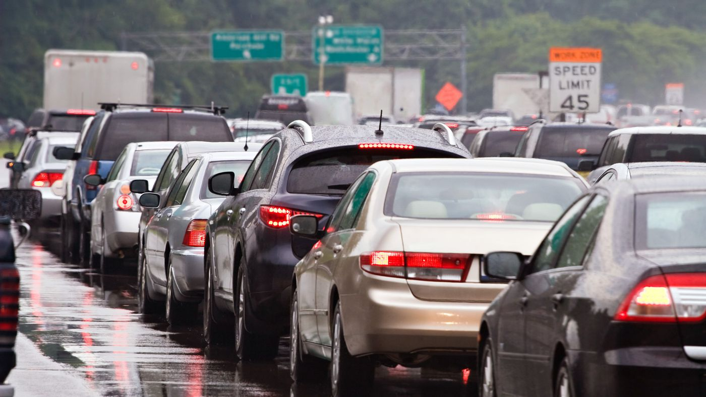 Expanding highways and building more roads actually makes traffic worse - Curbed