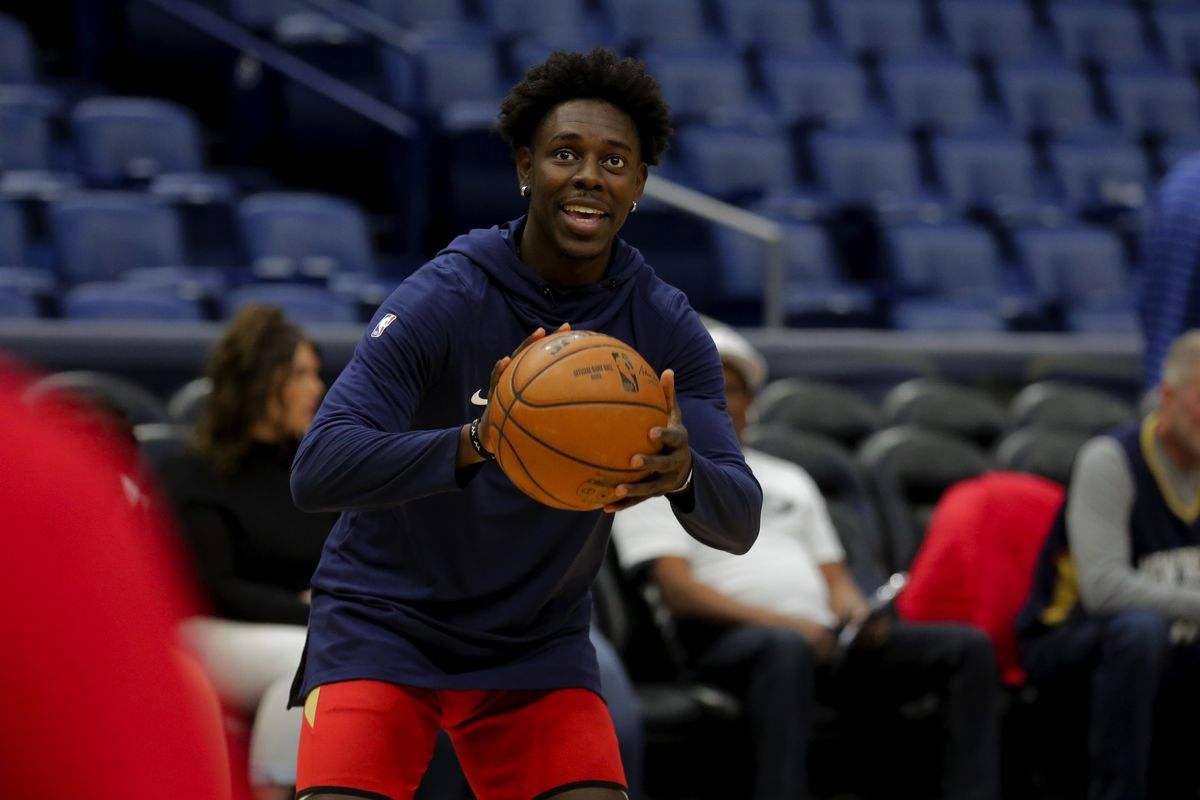 New Orleans Pelicans guard Jrue Holiday shoots during warm ups prior to tip off against the Phoenix Suns at the Smoothie King Center.