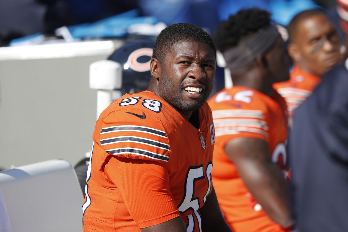 Linebacker Roquan Smith (58) had five tackles in the Bears' 17-16 loss to the Chargers on Sunday at Soldier Field. But numbers only told part of the story of Smith's overall effectiveness in the game.