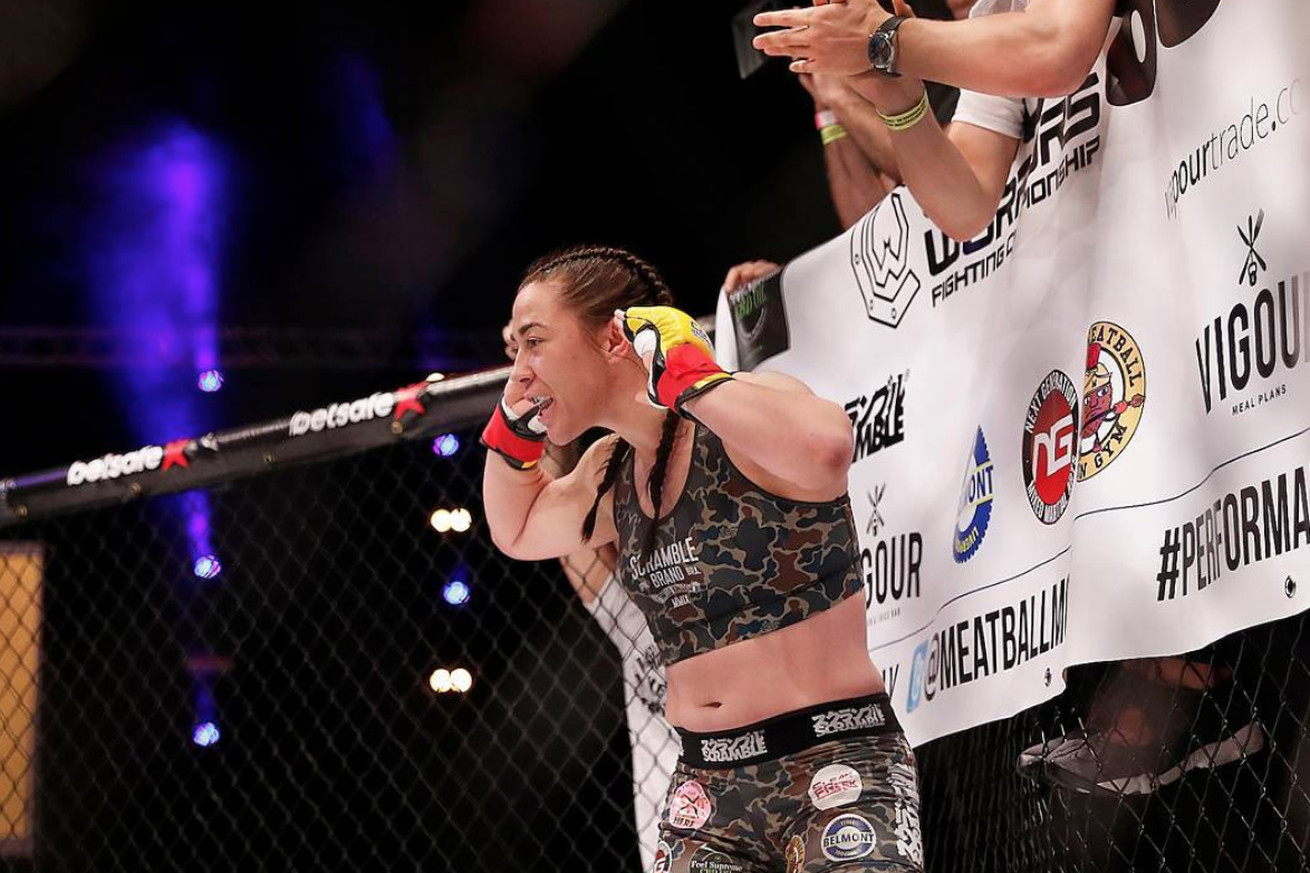 Molly McCann meets Priscila Cachoeira at UFC London.