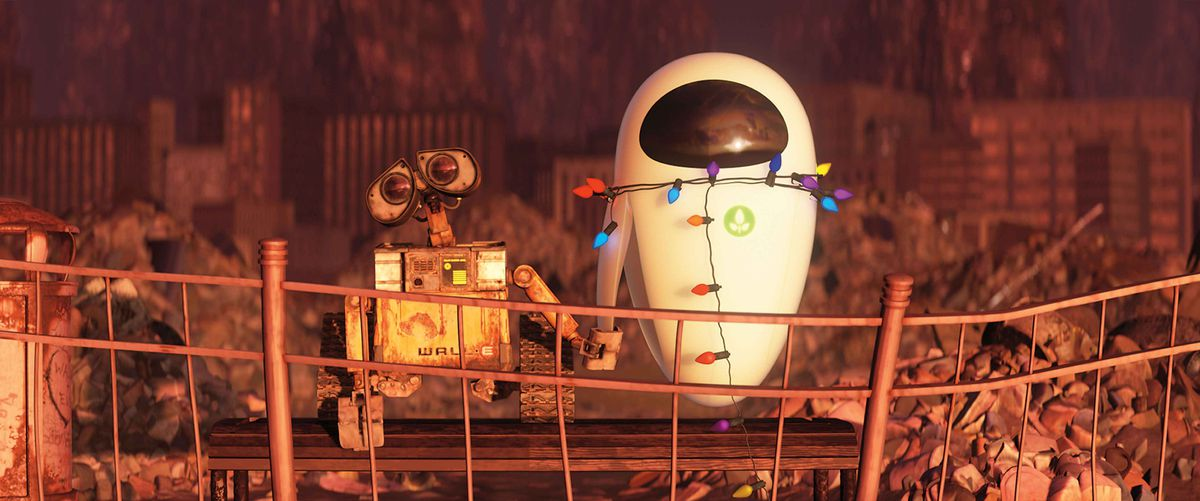 Wall-E isn't sure what to make of EVE at first