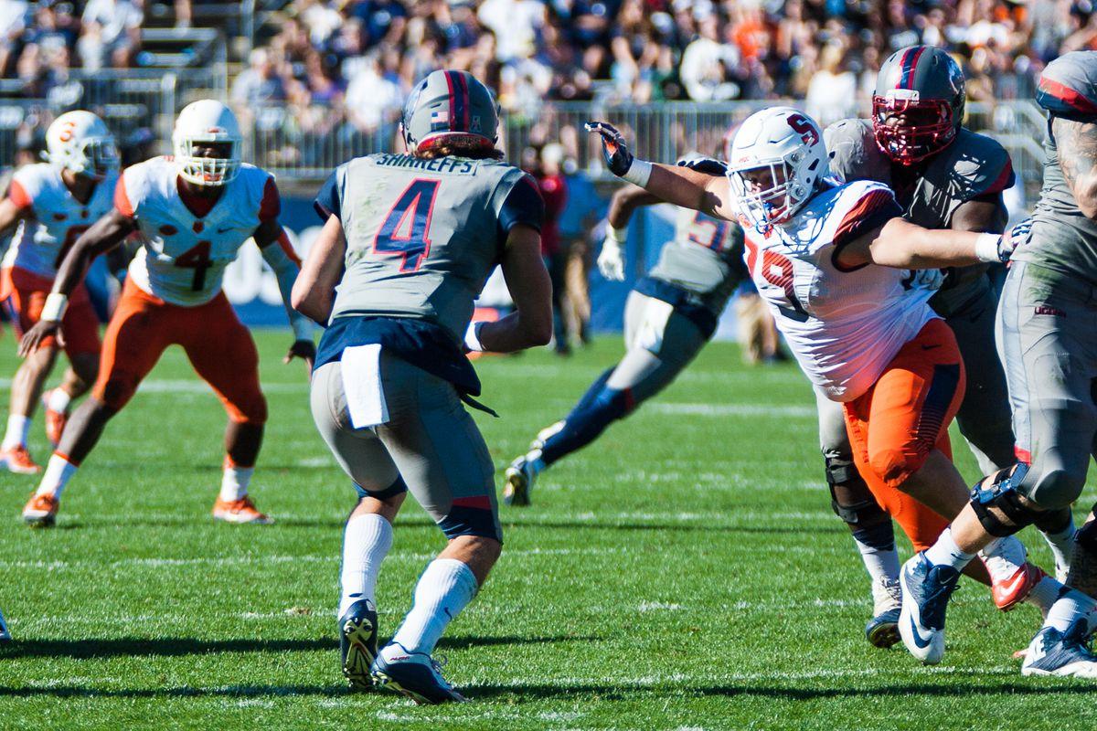 Photos-FB: Syracuse Orange @ UConn Huskies - 9/24/16