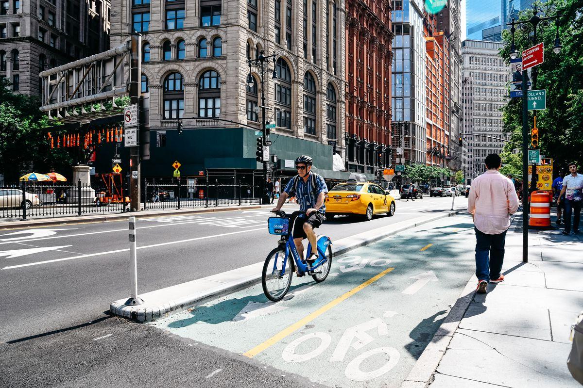 Políticas públicas desempenham um papel fundamental no incentivo à prática de atividade física.Foto: Shutterstock.
