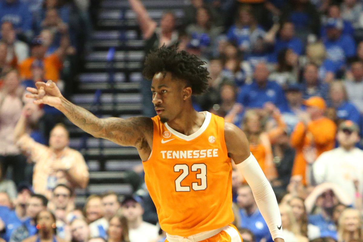 Tennessee Basketball: Vols are on the bubble in Lunardi's bracketology