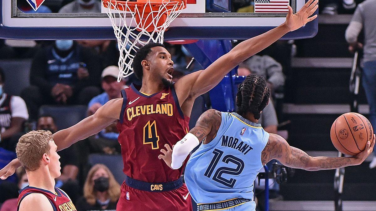 Cleveland Cavaliers v Memphis Grizzlies
