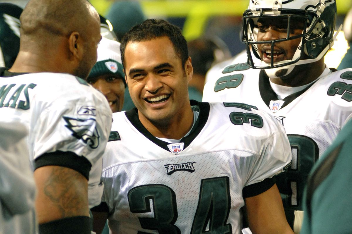 Philadelphia Eagles # 34 running back Reno Mahe celebrating with teammates after running back a kickoff for 40 yards against the New York Giants in the 3rd quarter of a game in 2006