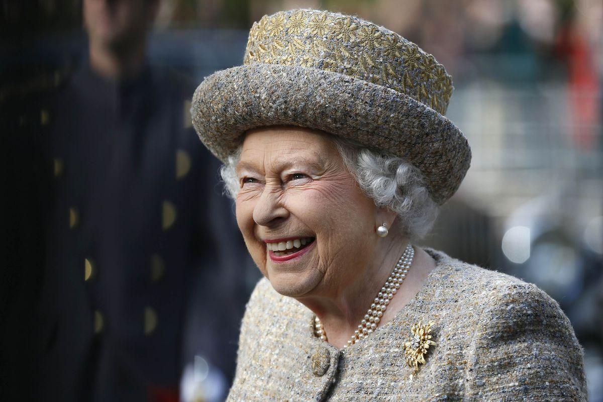 The Queen at a WW1 Memorial Garden in 2014