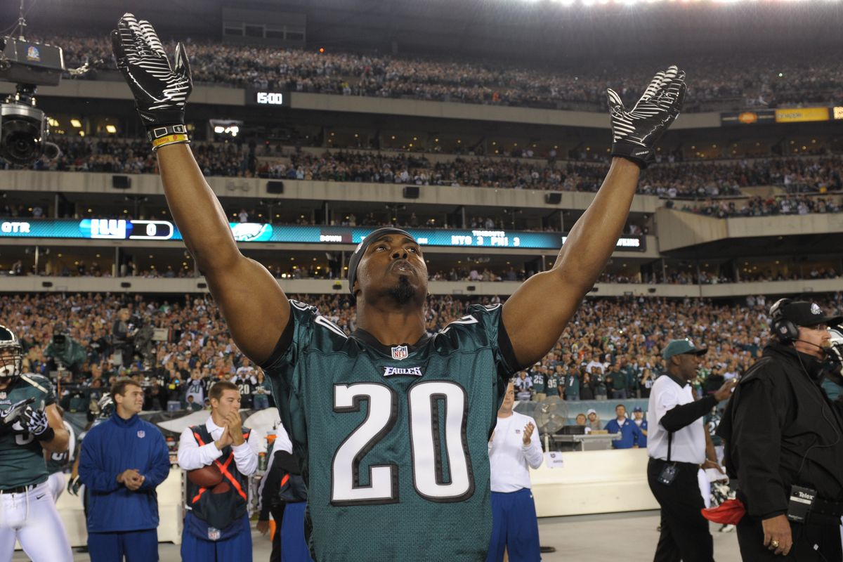 0e6850f8762 Brian Dawkins elected to Pro Football Hall of Fame Class of 2018 ...