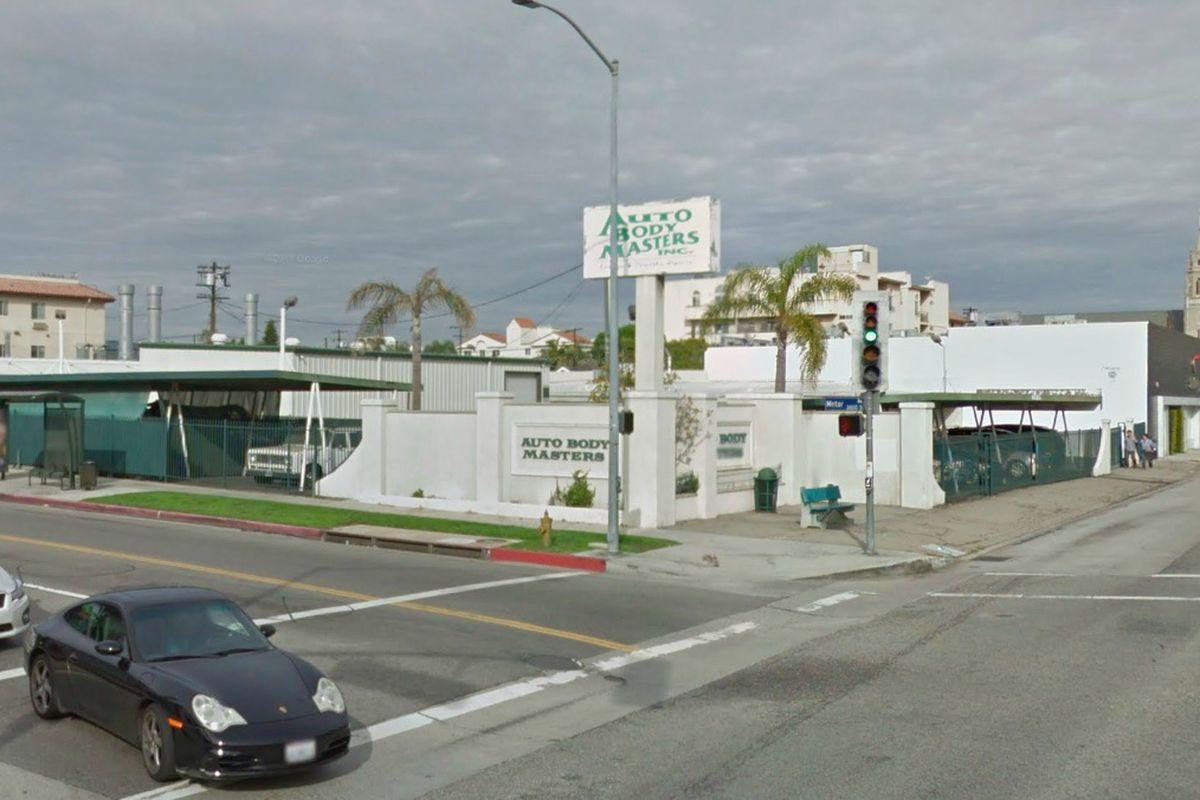 View of auto body shop at 10375 West Washington Boulevard