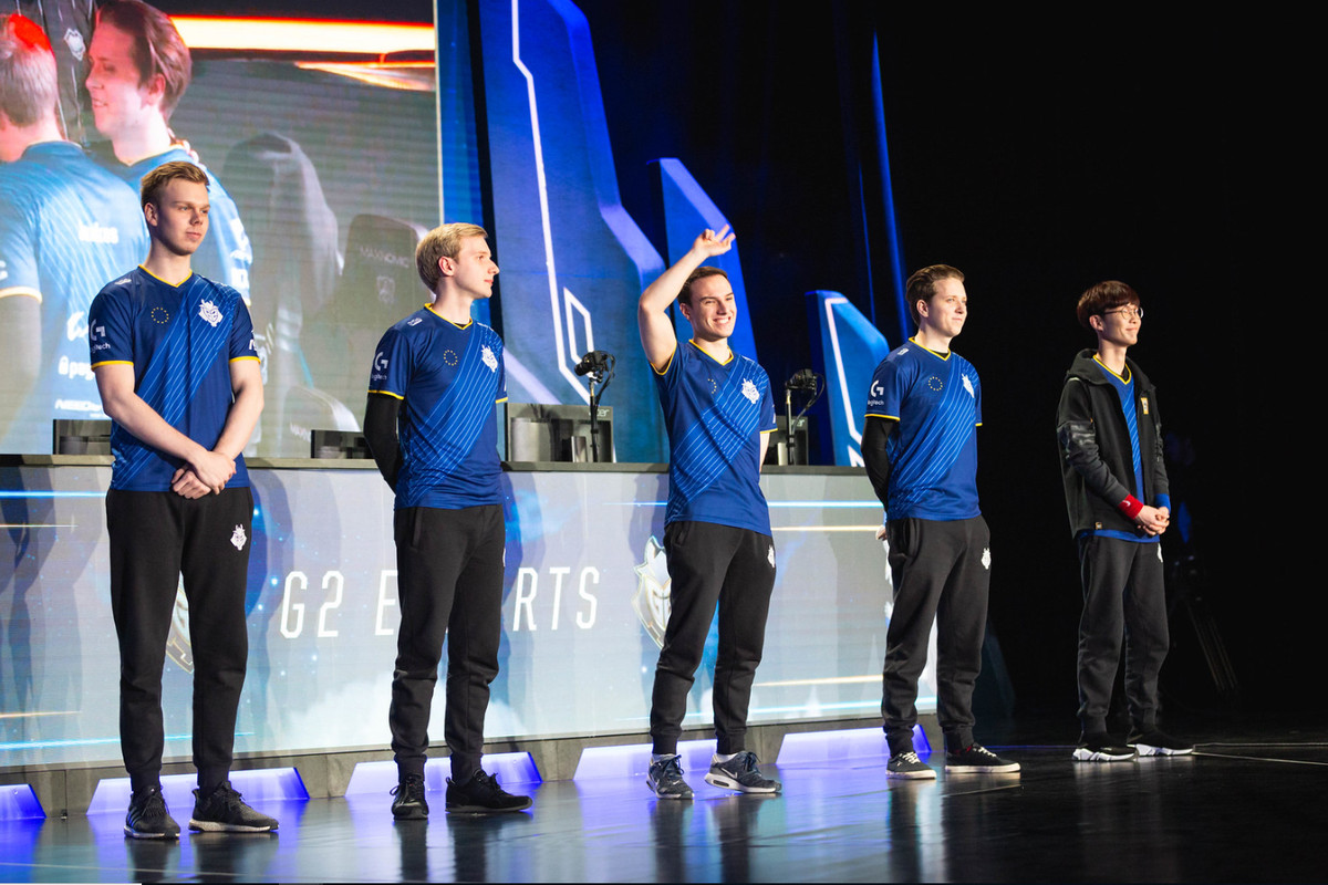 G2 Esports on stage at League of Legends Worlds in 2018