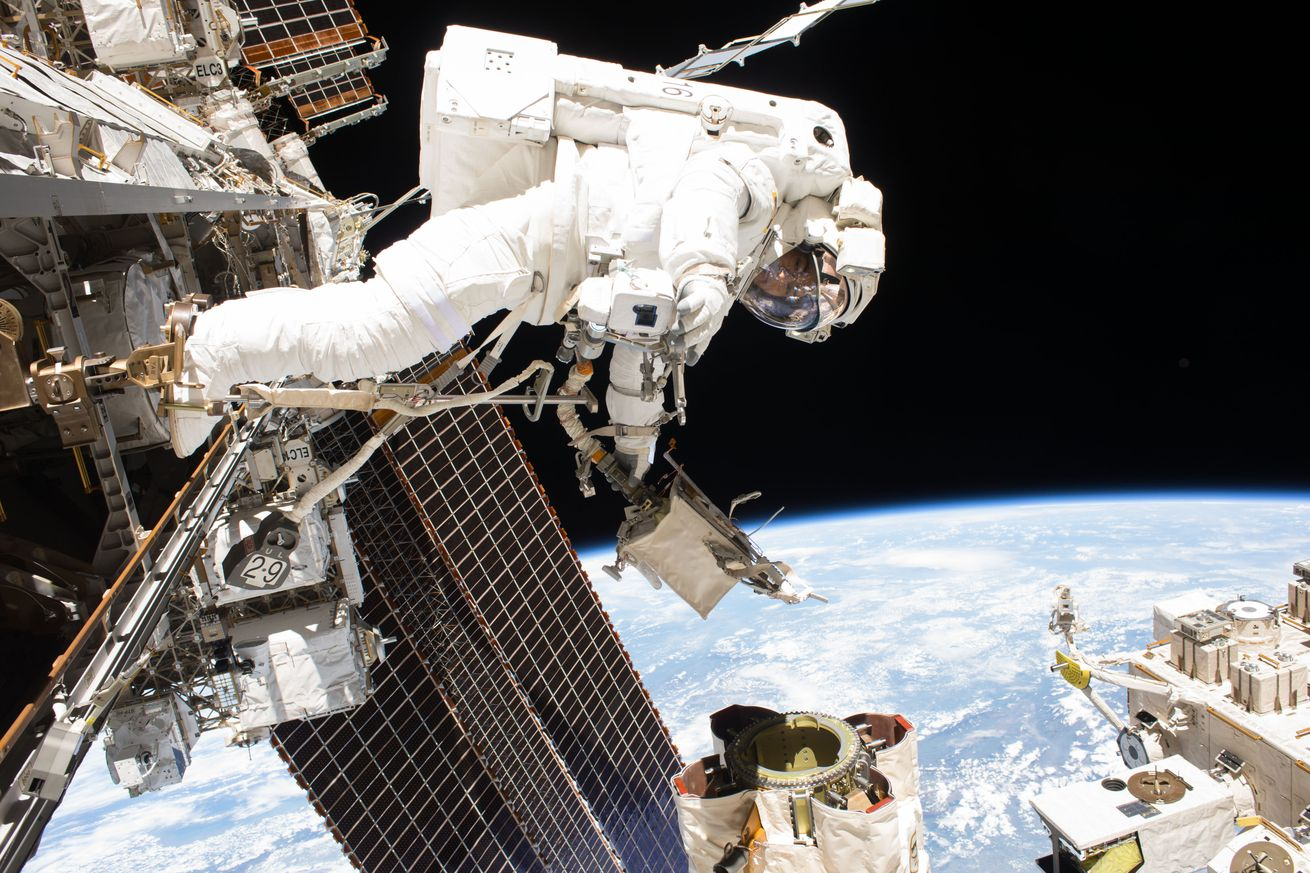 nasa is prepared if a battery ever explodes in space