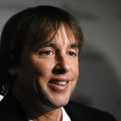 """FILE - In this Nov. 23, 2009 file photo, filmmaker Richard Linklater attends The Cinema Society premiere of """"Me and Orson Welles"""" in New York. Beginning Thursday, many of the top digital outlets will for the first time band together to try an old TV tradition: the upfront. Over the next two weeks, YouTube, Yahoo, AOL, Hulu and others will hold their version of the annual pitch to advertisers to promote their programming slates. Hulu has partnered with filmmakers like Richard Linklater and Morgan Spurlock."""