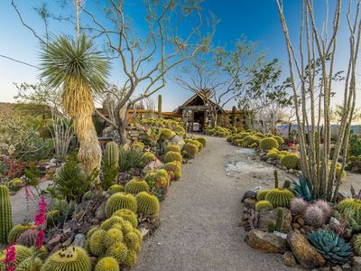 Incredible Joshua Tree home on 225 acres asks $4.5M