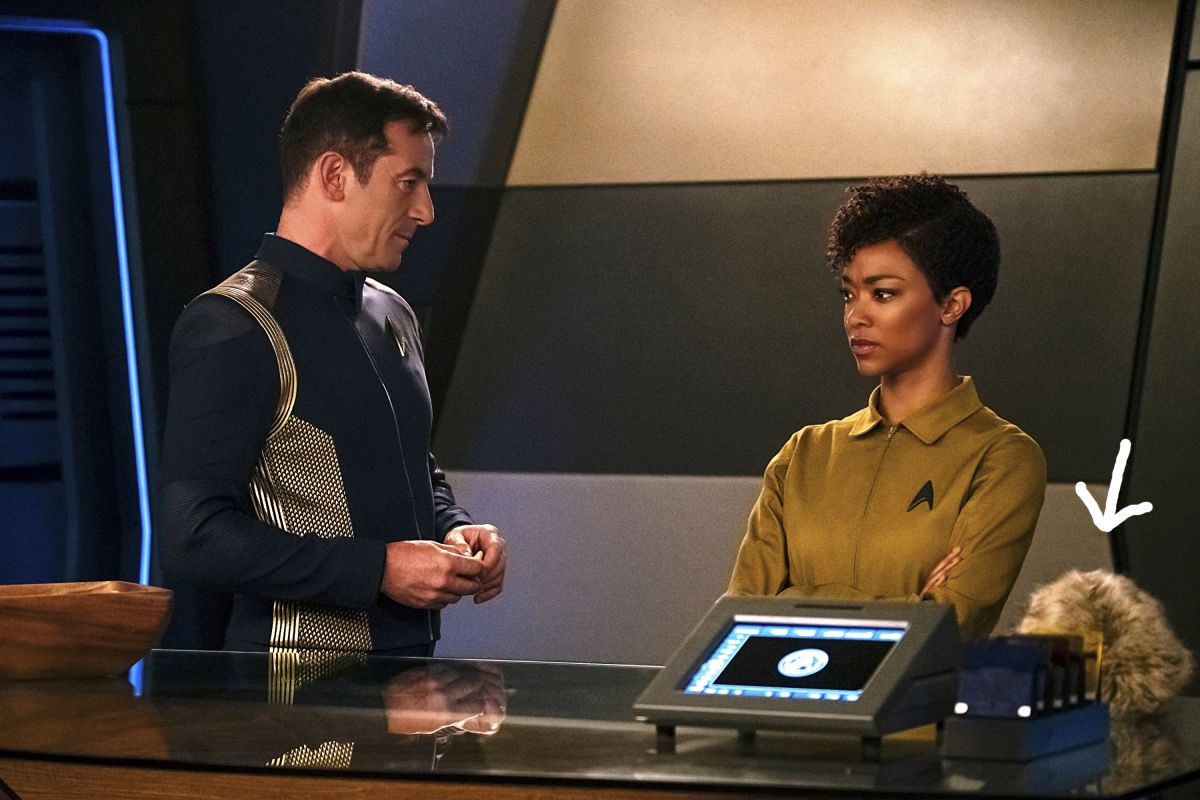 (L to R): Captain Lorca and Michael Burnham aboard the U.S.S. Discovery
