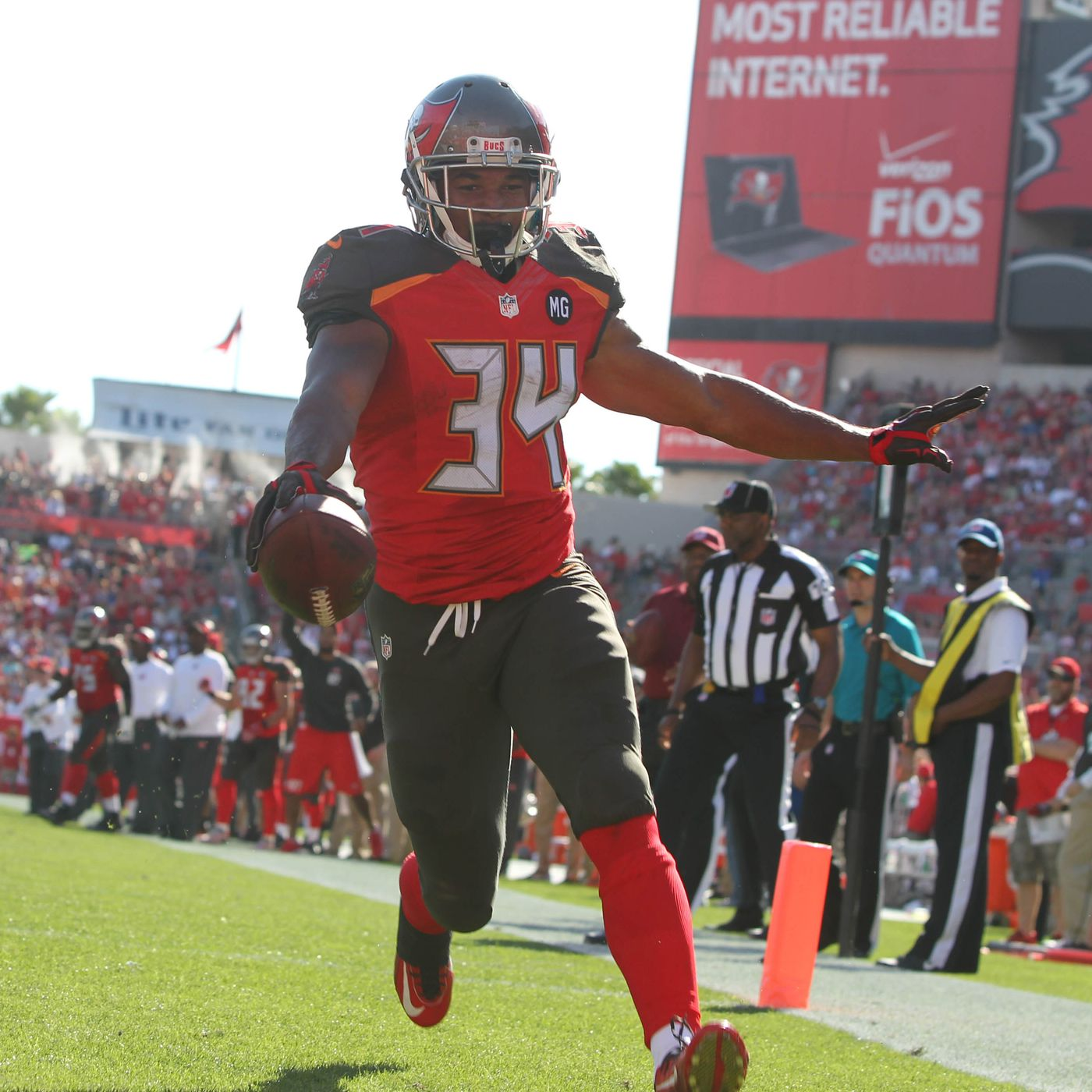 uni watch does not like the buccaneers uniforms bucs nation uni watch does not like the buccaneers