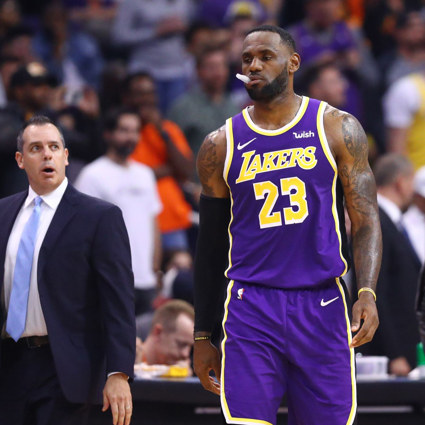 Lebron Lakers >> Lakers Lebron And Frank Vogel Not Worried About Minutes