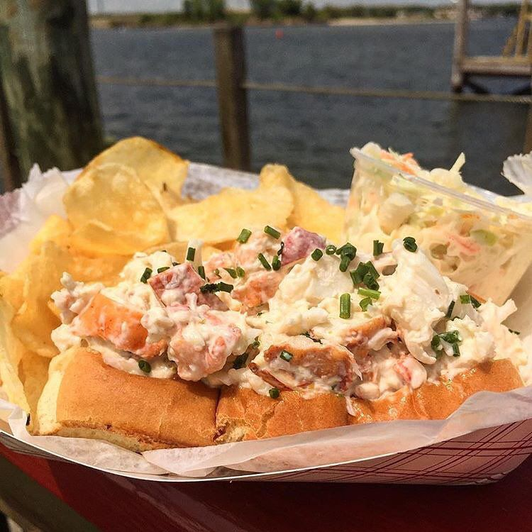Red S Lobster Pot Restaurant