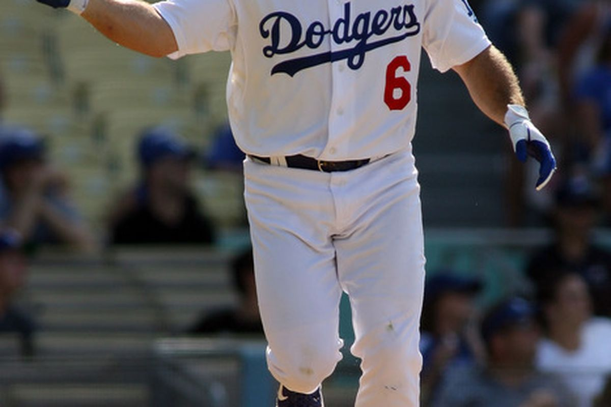 Batting third, for the Dodgers, number six....
