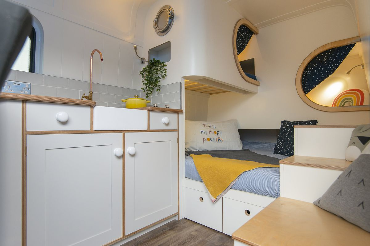 Cozy Camper Van Feels More Like A Tiny House Than An Rv Curbed