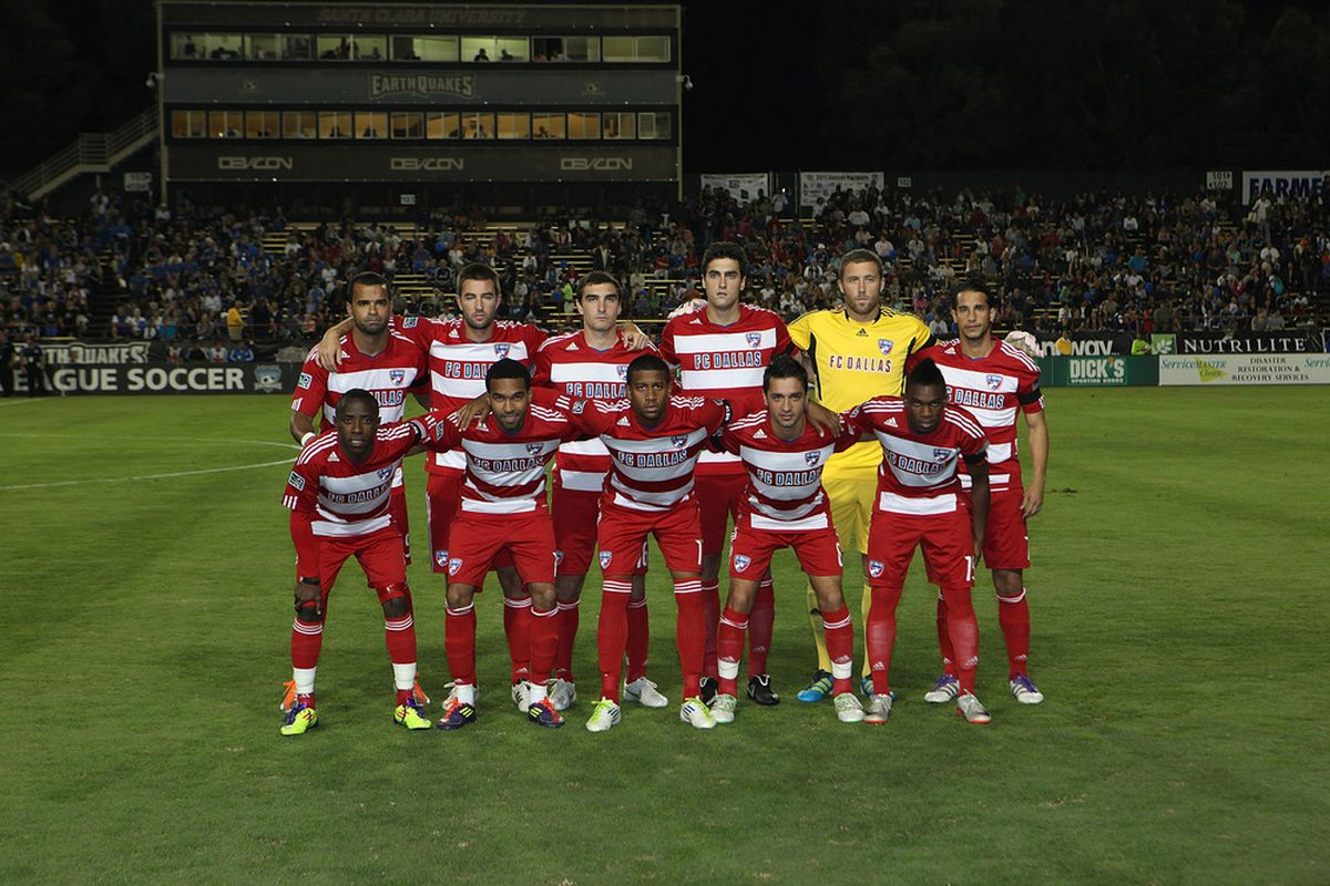 SANTA CLARA, CA - OCTOBER 22: The FC Dallas team poses for a team photo prior to the game against the San Jose Earthquakes at Buck Shaw Stadium on October 22, 2011 in Santa Clara, California.  (Photo by Tony Medina/Getty Images)