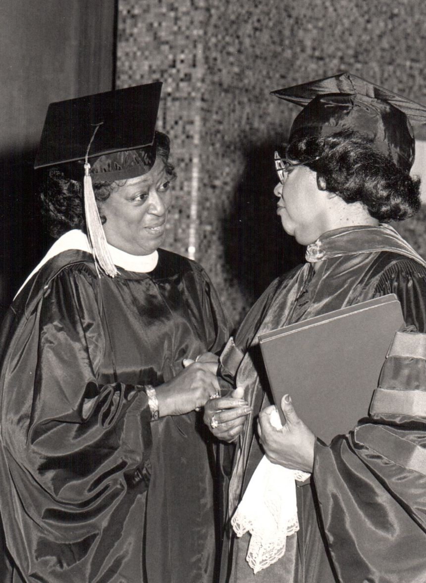 Rev. Carry and Rev. Johnnie Colemon at a graduation for the Johnnie Colemon Institute.