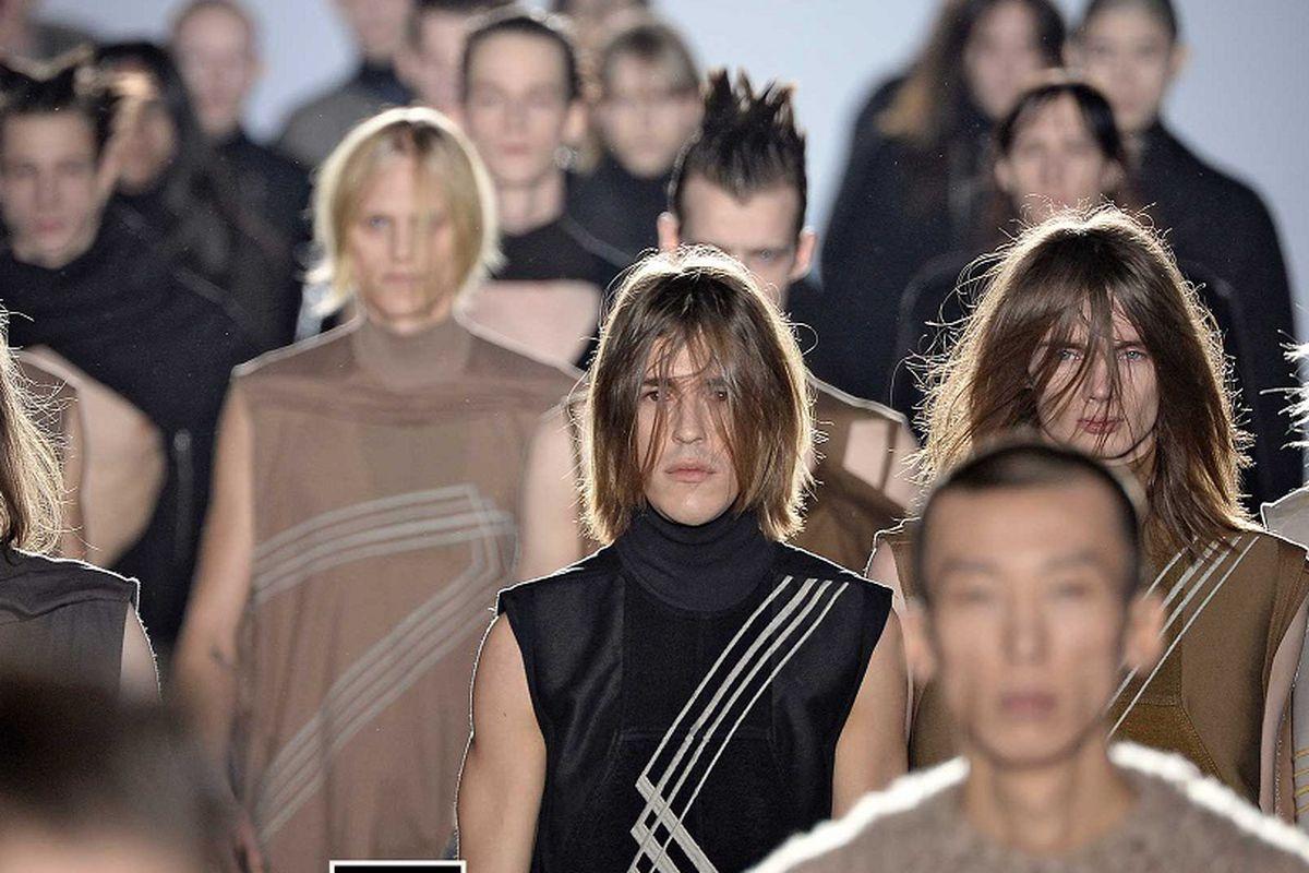 b5c1b8dd740 Models walk the runway at the Rick Owens Autumn Winter 2015 fashion show  during Paris Menswear Fashion Week on January 22