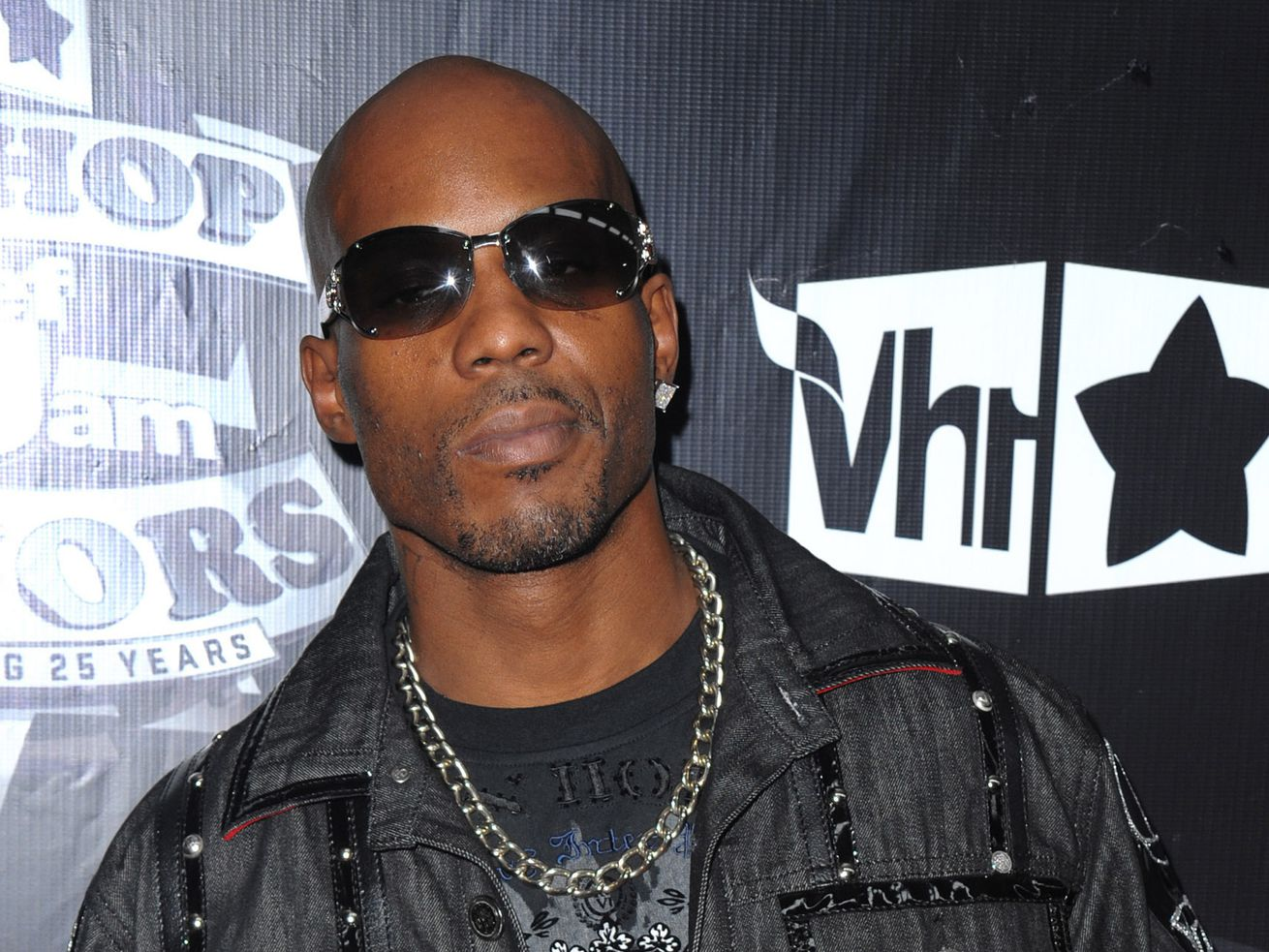 DMX arrives at the 2009 VH1 Hip Hop Honors at the Brooklyn Academy of Music, in New York. DMX's longtime New York-based lawyer, Murray Richman, said the rapper was on life support Saturday at White Plains Hospital.