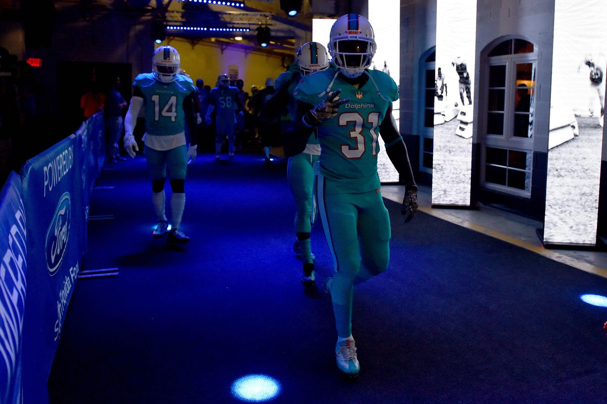 6ebb7f3bb00 2018 Pro Bowl snubs: Miami Dolphins see Michael Thomas, Jarvis ...