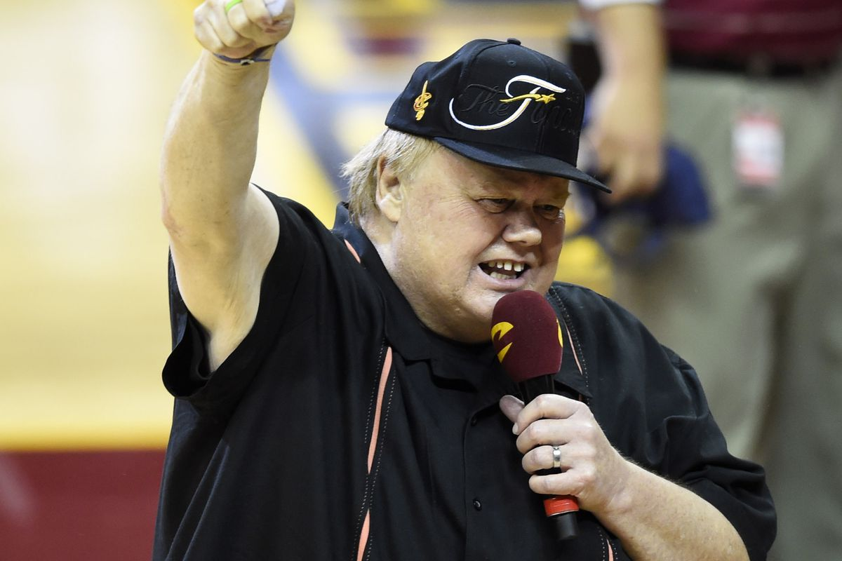 Comedian Louie Anderson gets the Cleveland crowd hyped up during game three
