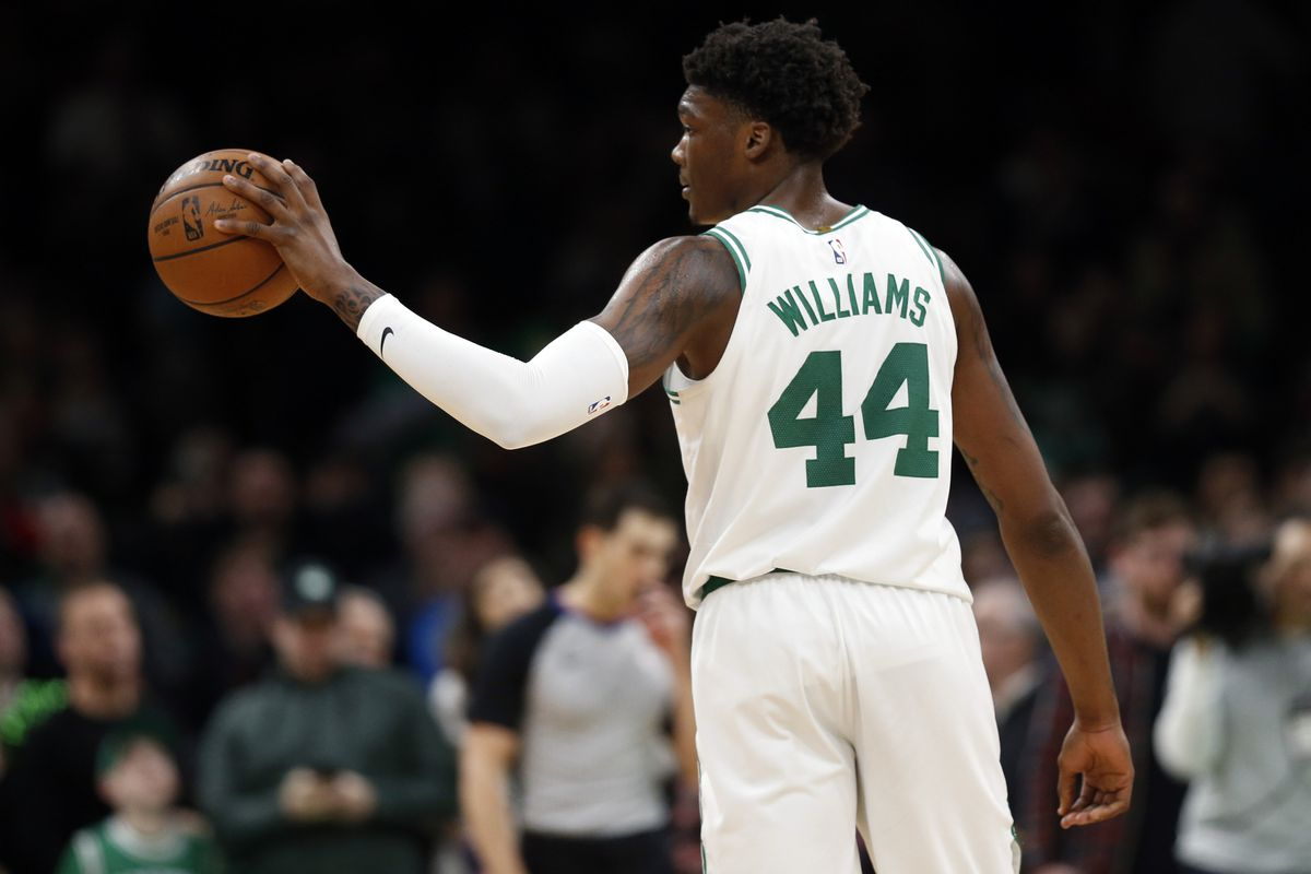Robert Williams being treated for concussion-like symptoms