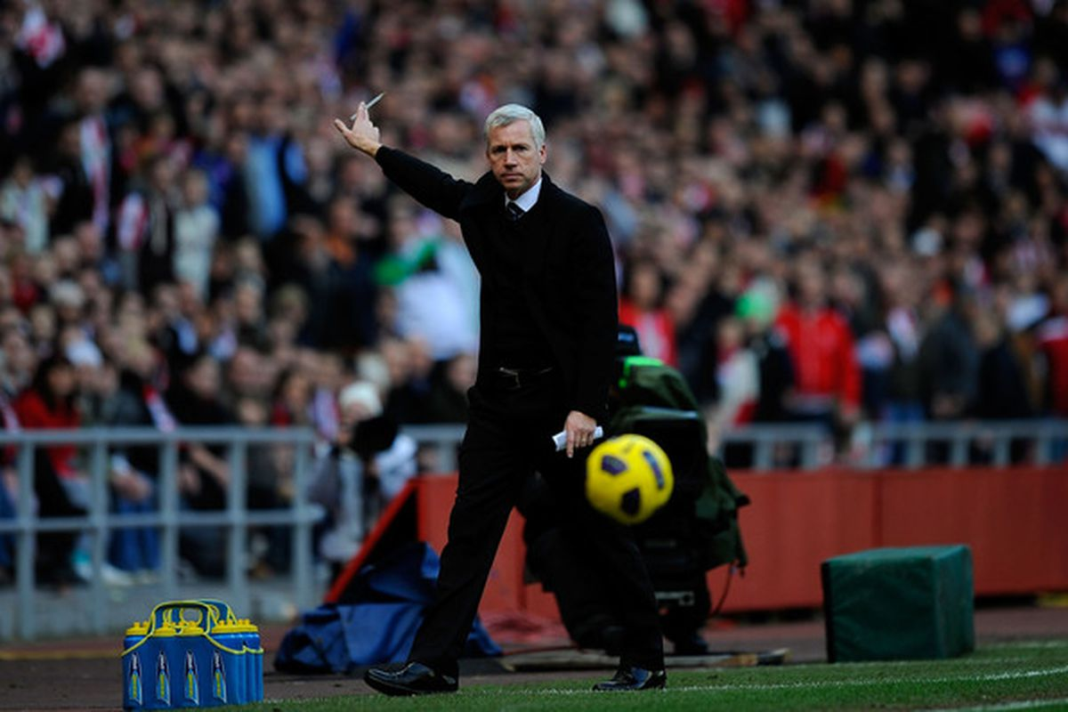 SUNDERLAND ENGLAND - JANUARY 16:  Newcastle manager Alan Pardew points during the Barclays Premier League match between Sunderland and Newcastle United at Stadium of Light on January 16 2011 in Sunderland England.  (Photo by Stu Forster/Getty Images)