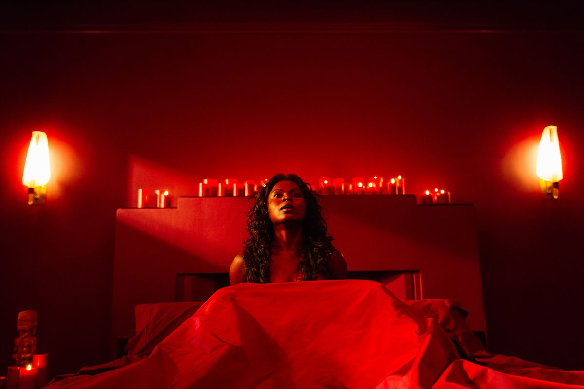 American Gods Most Explicit Sex Scene Is A Lesson In Respectful 4 Shock Switch Yetide Badaki As Bilquis Starz