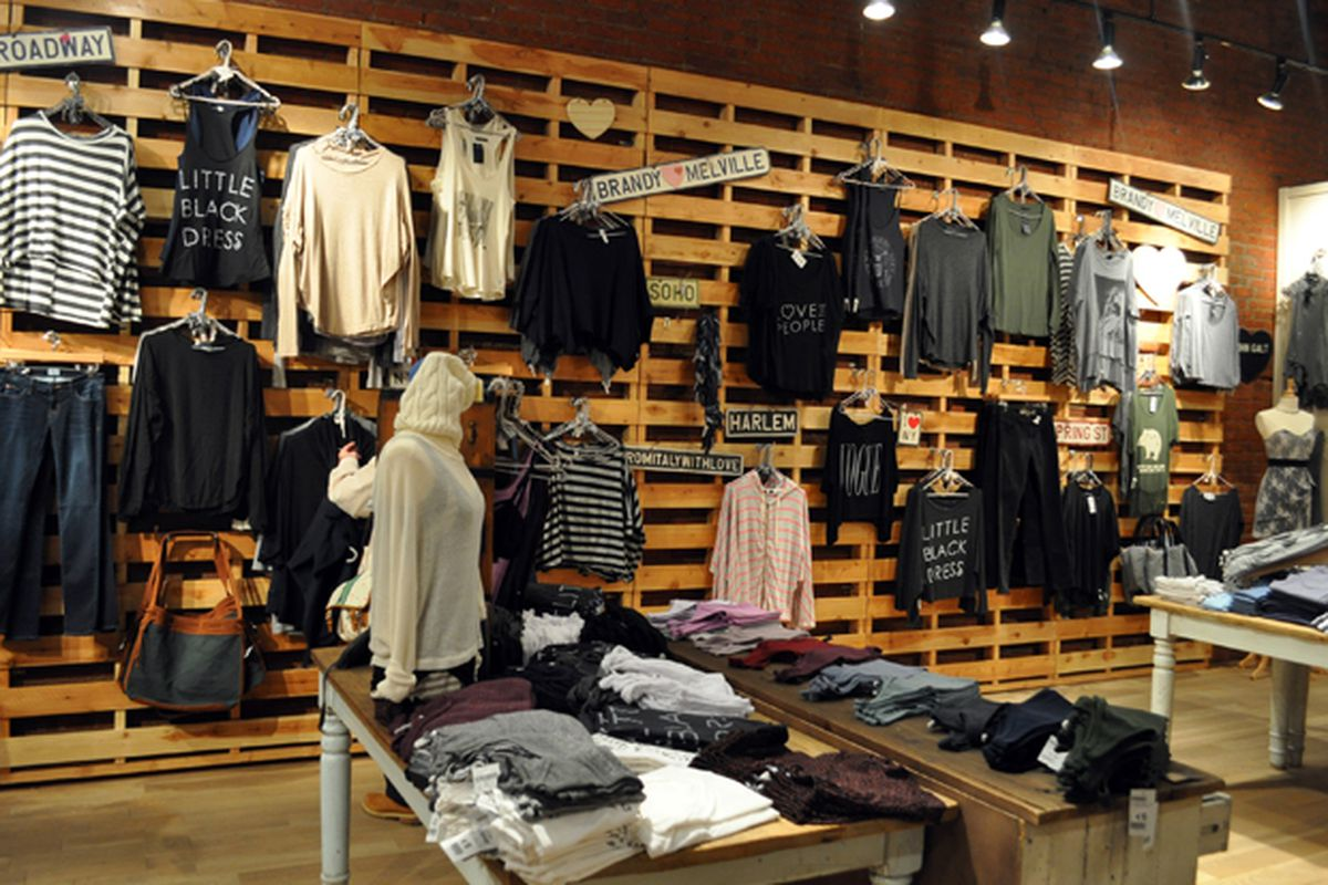 """Brandy Melville in Soho, image via <a href=""""http://www.theblondesalad.com/2011/03/brandy-melville-in-new-york.html"""">The Blonde Salad</a>"""