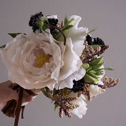"""<a href=""""http://arieldearieflowers.com/home.html"""">Ariel Dearie Flowers, Williamsburg:</a> With a vintage and fresh-from-the-garden vibe, this florist creates free-flowing designs. Paying particular attention to natural beauty, she's the perfect choice for"""