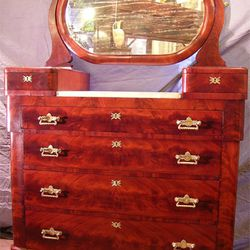 """Chest of drawers and mirror from <a href=""""http://www.circaantiquesltd.com/"""">Circa Antiques</a>, which is offering 20% off storewide"""