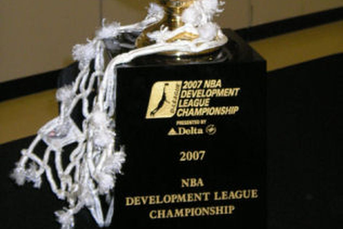 Not a wealth of free D-League images out there.