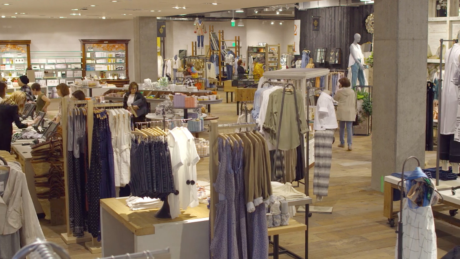 Anthropologie s new stores are absolutely gigantic take for New anthropologie stores opening 2016